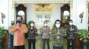 Direktur Utama BSI Hery Gunardi usai beraudiensi dengan Gubernur DIY Sri Sultan Hamengkubuwono X. Foto: nyatanya.com/istimewa