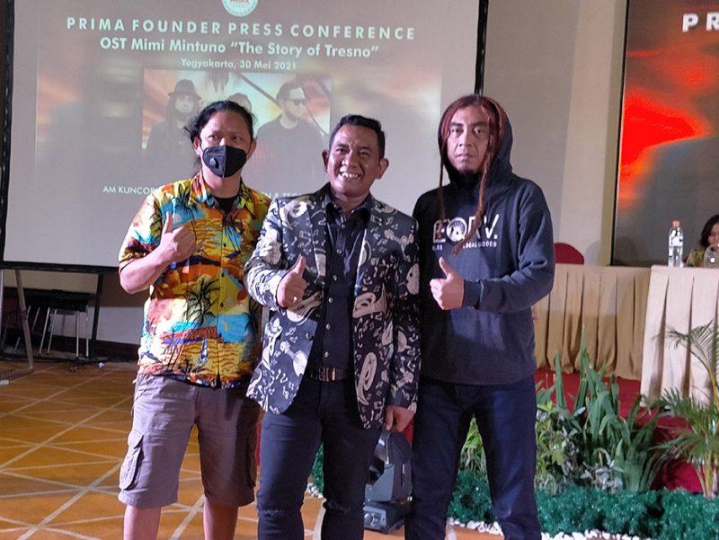Steven 'Coconut Treez', AM. Kuncoro, dan Tege. Foto: nyatanya.com/Ignatius Anto