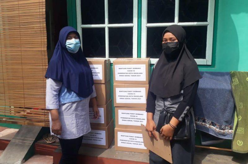 Pemkot Magelang salurkan bantuan pangan kepada warga yang Isoman. (Foto:nyatanya.com/Diskominfo Jateng)