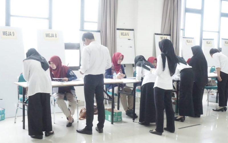 Kabupaten Klaten menyiapkan 18 petugas verifikator untuk menyeleksi berkas–berkas pelamar yang masuk. (Foto:nyatanya.com/Humas Klaten)