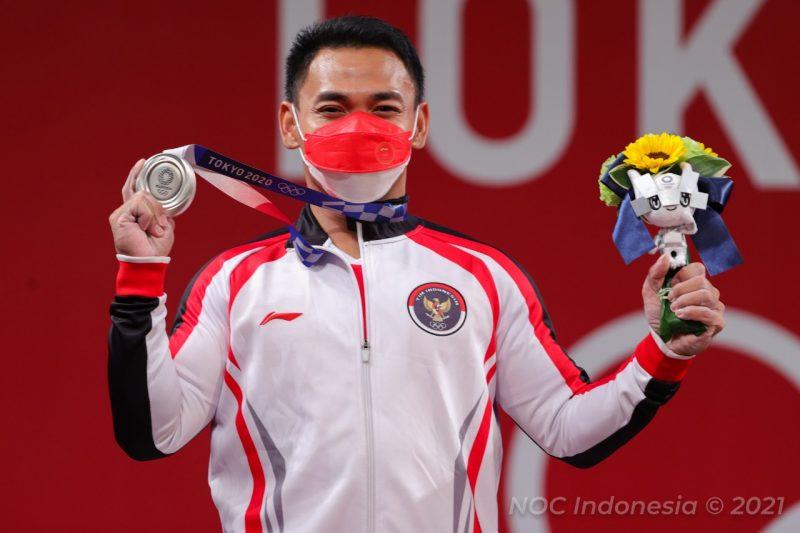 Eko Yuli Irawan kembali sukses mempersembahkan medali perak di Olimpiade Tokyo 2020. (Foto:nyatanya.com/nocindonesia)