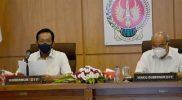 Gubernnur DIY Sri Sultan Hamengku Buwono X dan Wakil Gubernur DIY Paku Alam X saat mengikuti video conference dengan Mendagri, Rabu (21/7/2021) siang. (Foto:nyatanya.com/Humas Pemda DIY)