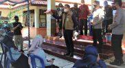 Bupati Kendal Dico M Ganinduto mengunjungi sentra vaksinasi di Objek Wisata Curug Sewu Patean. (Foto:nyatanya.com/Diskominfo Kendal)