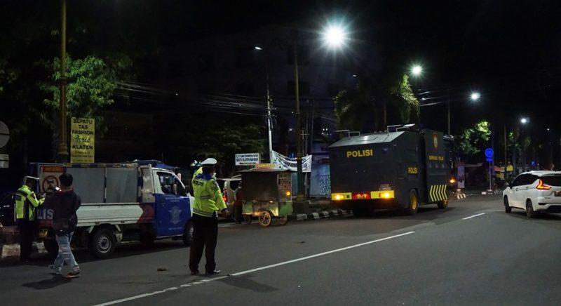 Penutupan ruas jalan pada jam 9 malam sudah dilakukan sejak Rabu (30/6/2021). (Foto:nyatanya.com/Diskominfo Klaten)