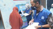 Dinas Lingkungan Hidup (DLH) Kota Yogyakarta melakukan monitoring dalam memilah limbah medis. (Foto:nyatanya.com/Humas Pemkot Yogya)