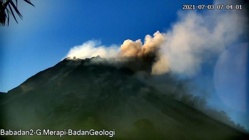 Awan panas guguran Merapi pukul 07.02 diamati dari pos Babadan. (Foto:nyatanya.com/BPPTKG)