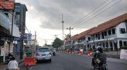 Jalan Pasar Kembang Yogyakarta nampak lengang selama PPKM. Kini pemerintah resmi memperpanjang PPKM Level 4 hingga 2 Agustus 2021. (Foto:nyatanya.com/Ignatius Anto)