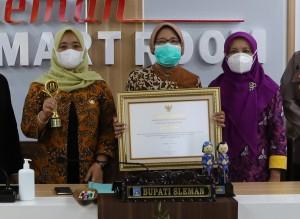 Pemerintah Kabupaten Sleman meraih 'Anugerah KPAI 2021'. (Foto:nyatanya.com/Humas Sleman)