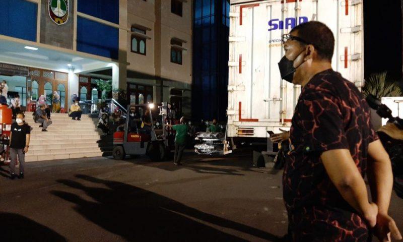 Pemkot Surakarta kembali dapat bantuan oksigen dari PT Shopee Indonesia. (Foto:nyatanya.com/Diskominfo Jateng)