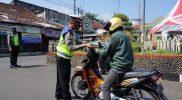 Polres Temanggung melanjutkan penyekatan di beberapa ruas jalan. (Foto:nyatanya.com/Diskominfo Temanggung)