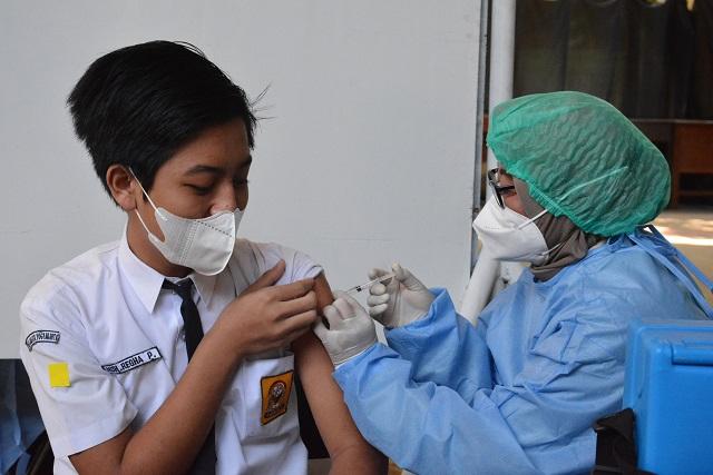 Vaksinasi yang digelar Pemkot Yogyakarta di SMPN 8, Senin (19/7/2021). (Foto:nyatanya.com/Humas Pemkot Yogya)