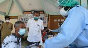 Walikota Yogyakarta, Haryadi Suyuti meninjau pelaksanaan vaksinasi sekaligus meluncurkan program 'Kota Jogja Merdeka Vaksin'. (Foto:nyatanya.com/Humas Pemkot Yogya)