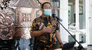 Walikota Semarang Hendrar Prihadi saat memberikan keterangan pers terkait aturan PPKM. (Foto:nyatanya.com/Humas Semarang)