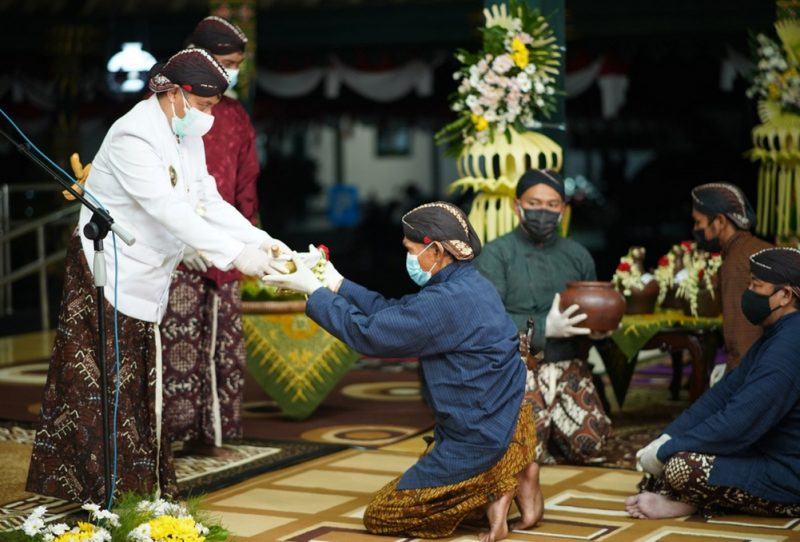 Prosesi Hastungkara dan Birat Sengkala tandai Hari Jadi Wonosobo ke-196 tahun. (Foto:nyatanya.com/Diskominfo Wonosobo)