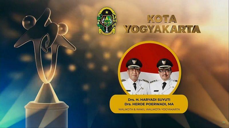Predikat Terbaik dari Peringkat Utama pada Penghargaan Kabupaten/Kota Layak Anak (KLA) Tahun 2021 untuk Kota Yogyakarta. (Foto:nyatanya.com/Pemkot Yogya)
