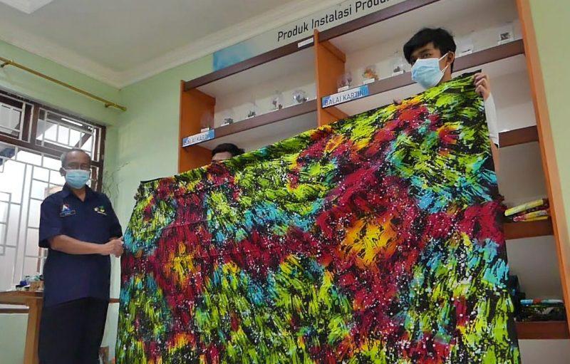Selain banyak diminati konsumen di Indonesia, batik ciprat ini mulai diminati para konsumen dari Malaysia dan Irlandia. (Foto:Diskominfo Kabupaten Temanggung)