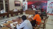 Bupati Magelang Zaenal Arifin saat memimpin Rapat Koordinasi membahas Isolasi Terpusat. (Foto: Humas/beritamagelang)