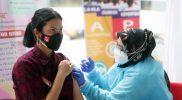 Seluruh Capaska yang mengikuti Diklat Paskibrakanas di PPPON Cibubur mengikuti vaksinasi ke-2. (Foto:rayki/kemenpora.go.id)