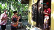 Wakil Bupati Bantul Joko Purnomo pantau langsung warga yang lakukan isoman. (Foto: Humas Kab.Bantul)