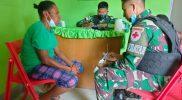 Prajurit Sagas Yon 512/QY berikan layanan kesehatan warga perbatasan. (Foto: dokumentasi Penerangan Yon 512/QY)