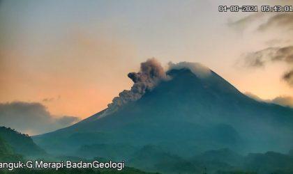 Rekaman aktivitas awan panas guguran Gunung Merapi, Rabu (4/8/2021) pukul 05.41 WIB. (Foto: BPPTKG)