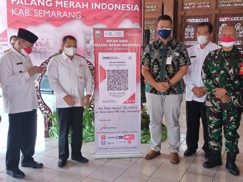 PMI Kabupaten Semarang menerapkan model scan QR code saat pelaksanaan bulan dana PMI 2021. (Foto:Diskominfo Kab.Semarang)