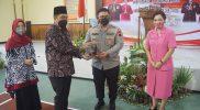 Bupati Magelang Zaenal Arifin sangat mengapresiasi kinerja AKBP Ronald Ardiyanto Purba saat menjabat sebagai Kapolres Magelang. (Foto:Humas/beritamagelang)