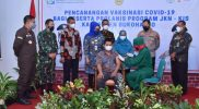 Pencanangan vaksinasi dengan sasaran penderita DM dan HT dilakukan Bupati Sukoharjo, Hj Etik Suryani SE MM di RSUD Ir Soekarno. (Foto: Humas Pemkab Sukoharjo)