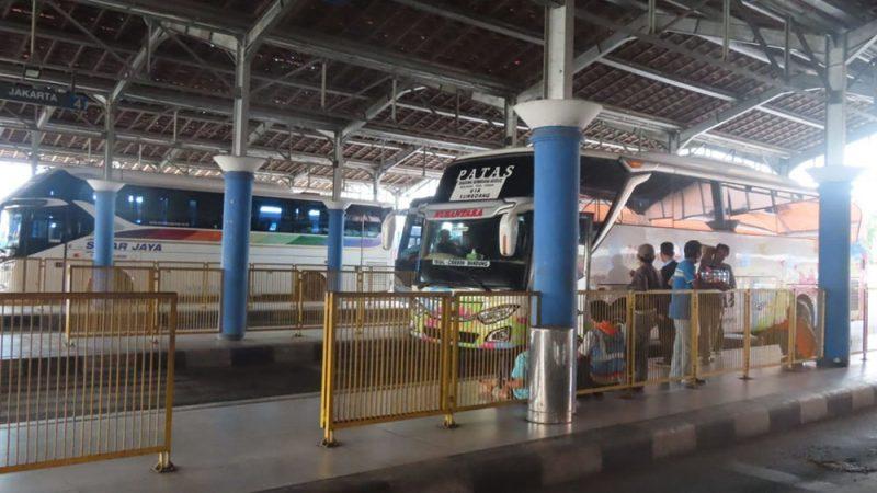 Terminal Tipe A Kota Pekalongan terpantau sepi penumpang. (Foto: Diskominfo Kota Pekalongan)