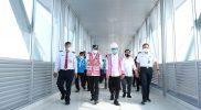 Budi Karya Sumadi dalam kunjungan kerjanya meninjau progres pembangunan sarana pelengkap terminal di lantai 2 berupa convention hall. (Foto: Humas Pemkot Surakarta)