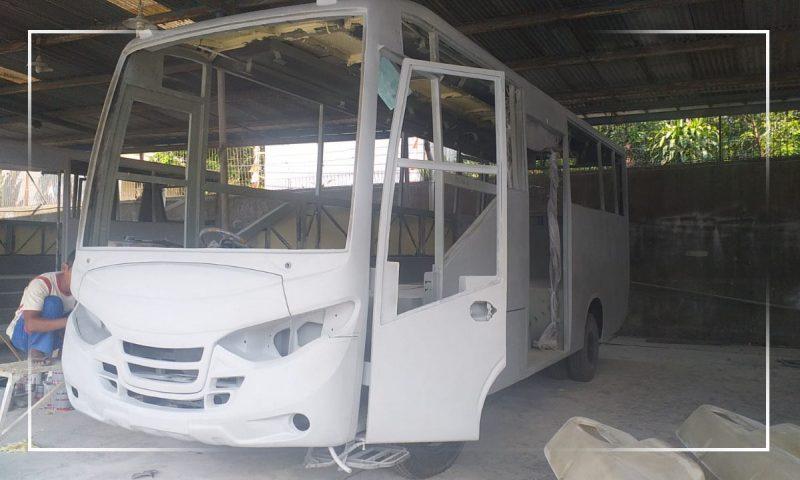 Pembuatan bus untuk memenuhi kebutuhan trayek Semarang-Grobogan dikebut. (Foto:Diskominfo Jateng)