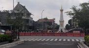 Salah satu kebijakan selama PPKM adalah pembatasan akses jalan di wilayah Kota Yogya. Pembatasan ini dinilai efektif mengurangi mobilitas masyarakat. (Foto: Agoes Jumianto)