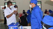Walikota Yogyakarta, Haryadi Suyuti saat menghadiri pelaksanaan Vaksinasi massal Keluarga Alumni Teladan Yogyakarta. (Foto: Humas Pemkot Yogyakarta)