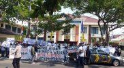 Warga Wadas, Bener, Purworejo pendukung proyek nasional Bendungan Bener gelar aksi bentuk perlawanan atas tindakan teror yang diterimanya. (Foto: dokumentasi LBH Nyi Ageng Serang)