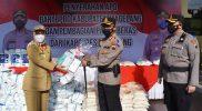 Bantuan APD dari BPBD Kabupaten Magelang disalurkan melalui perwakilan jajaran Polsek. (Foto: Humas/beritamagelang)