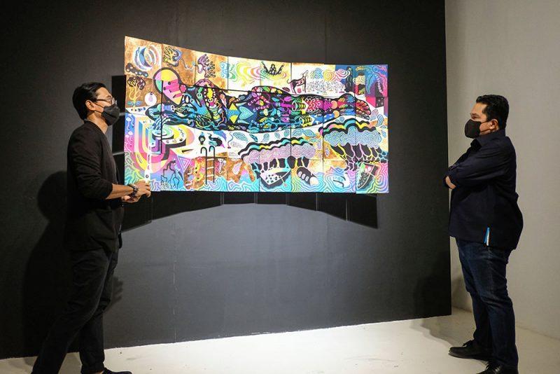 Heri Pemad mengucapkan terima kasih kepada Erick Thohir yang telah hadir secara khusus untuk mengapresiasi karya-karya di ARTJOG (Foto: Dokumentasi ARTJOG)