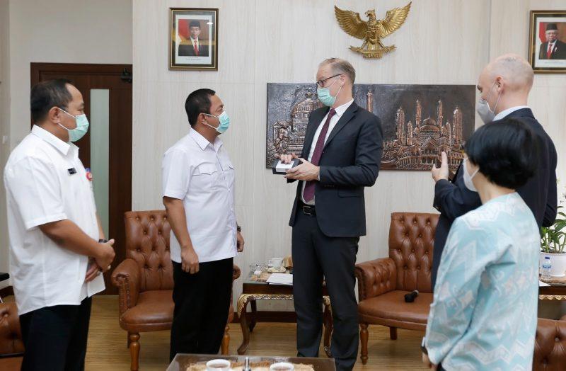 Wali Kota Semarang Hendrar Prihadi bersama Duta Besar Denmark untuk Indonesia Lars Bo Larsen. (Foto: Diskominfo Kab Semarang)
