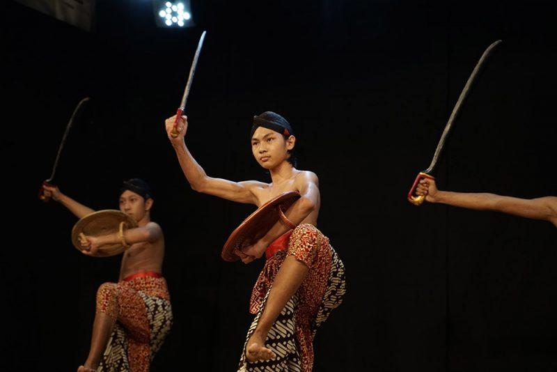 Penampilan Tari Manggalatama oleh Wahyuning Kuswolo. (Foto: Dokumentasi FKY 2021)