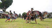 Lomba pacuan kuda kepang, salah satu agenda Pemkab Sleman dalam rangka Hari Olahraga Nasional. (Foto:Humas Sleman)