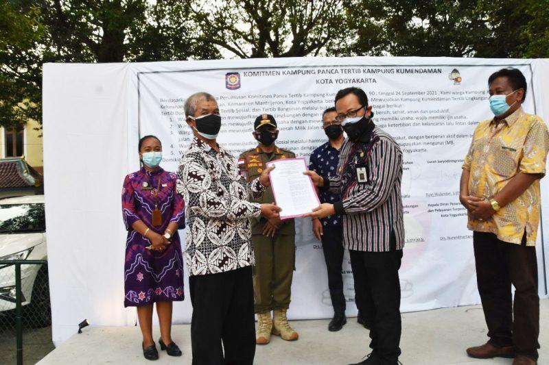 Wakil Walikota Yogyakarta, Heroe Poerwadi menghadiri deklarasi Kampung Panca Tertib Kumendaman. (Foto: Humas Pemkot Yogya)