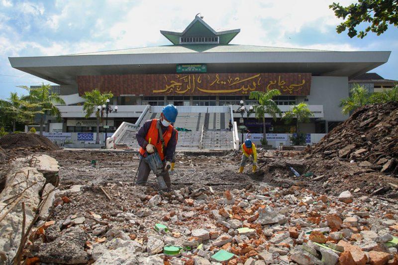 Masjid Raya Baiturrahman mulai direnovasi. (Foto: Diskominfo Jateng)