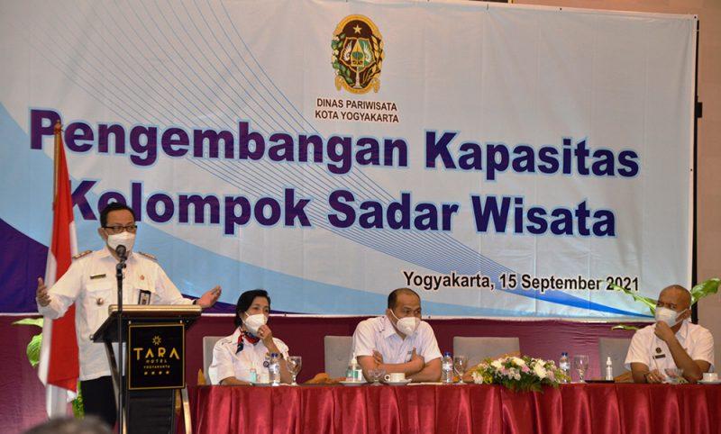 Selama ini di Kota Yogya Pokdarwis yang dibentuk berbasis kemantren. Karena itu perlu segera dibentuk Pokdarwis di 45 kelurahan di Kota Yogya. (Foto: Humas Pemkot Yogya)