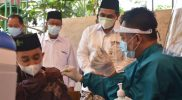 Pelaksanaan vaksinasi Covid-19 di Ponpes Darussalam Timur Watucongol. (Foto: Humas/beritamagelang)