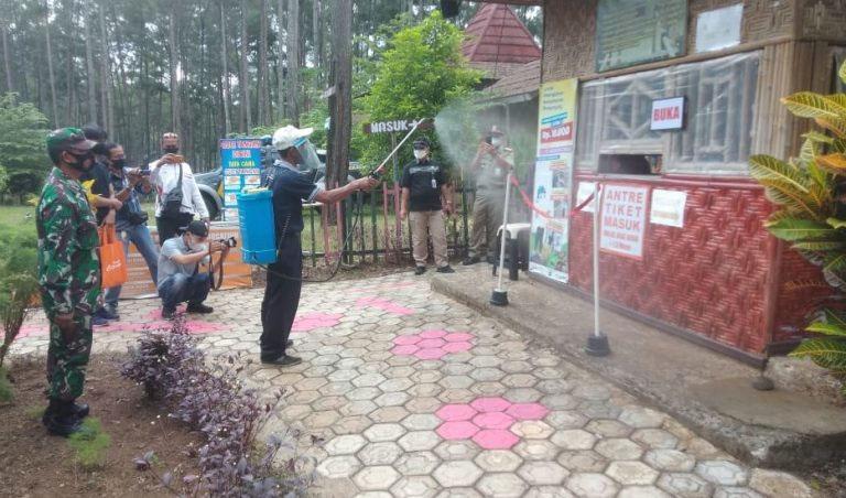 Simulasi pembukaan kembali objek wisata Kemit Forest. (Foto: Kominfo Cilacap)
