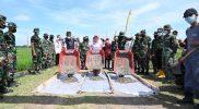 Danrem 074 Warastratama Kolonel Inf Rudy Saladin, Bupati Etik Suryani dan Dandim 0726 Sukoharjo Letkol Inf Agus Adhy Darmawan membuka pelaksanaan MMD Reguler ke-112. (Foto: Humas Sukoharjo)