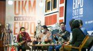 Diskusi menyangkut furnitur di acara UKM Virtual Expo, Minggu (19/9/2021). (Foto: Diskominfo Jateng)