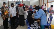 Kejaksaan Negeri Kabupaten Kulonprogo bersinergi dengan BUMD se-Kulonprogo melaksanakan kegiatan vaksinasi Covid-19. (Foto: MC Kab Kulonprogo)