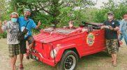 """Komunitas VW Cabrio menjajal jelajah wisata lokal di Desa Nglobo. Kegiatan ini menjadi bagian dari program """"Ayo Wayahe Dolan Nglobo"""" yang sedang digalakkan. (Foto: Dokumentasi Sedulur Art)"""