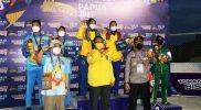 Wakil Gubernur KGPAA Paku Alam X dalam kunjungannya di arena PON Xx Papua memberi semangat kepada para atlet DIY. (Foto: Humas Pemda DIY)