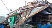 Angin kencang menerjang Desa Supukur di Kecamatan Lantung, Kabupaten Sumbawa, Provinsi Nusa Tenggara Barat (NTB) pada Jumat (15/10/2021) Pukul 17.00 WITA. (Foto: BNPB)